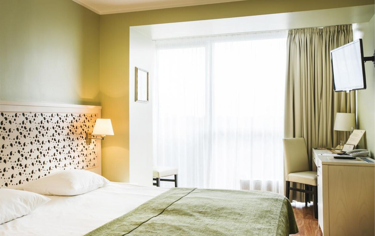 gospa-viesnicas-gal-hotel-jurmala-spa